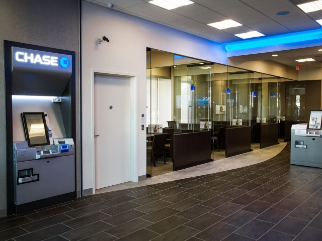 JPM Chase Bank – Lake Balboa