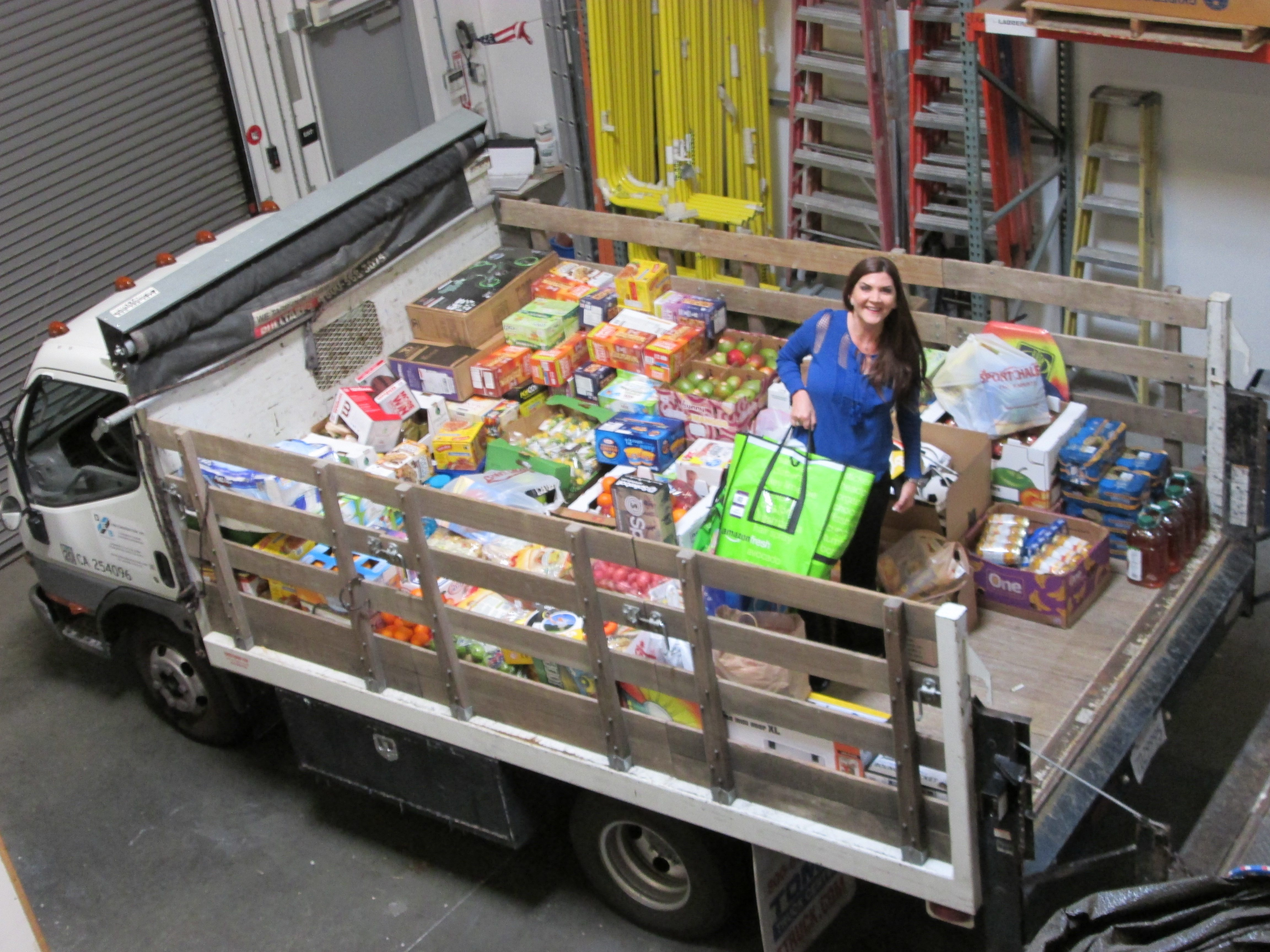 Hoag Center for Healthy Living – DEB Giving Truck a Success!